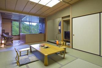 带露天浴池的日式房间