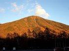 夕陽浴びる男体山 (2)